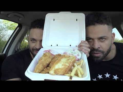 """Eating Raising Cane's Chicken """"The Box Combo"""""""