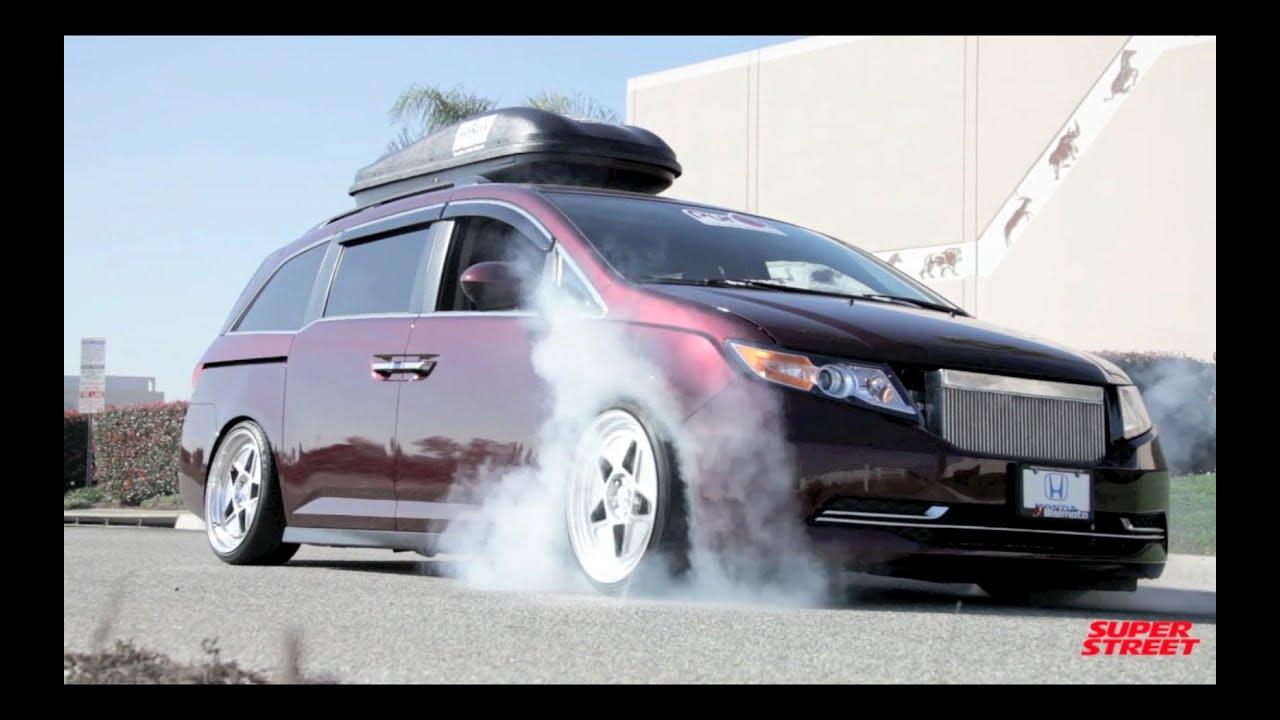 1000 Hp Honda Odyssey >> 1000+hp Bisimoto Honda Odyssey Van Burnouts! - YouTube