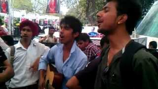 Indian Idol 6 (Delhi Auditions): Group performance at Waiting Stands- 31-03-2012