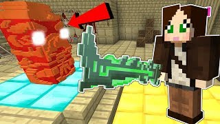 Minecraft: LUCKY WEAPON DEFENSE!!! (SURVIVE WITH EPIC SWORDS!) Mini-Game