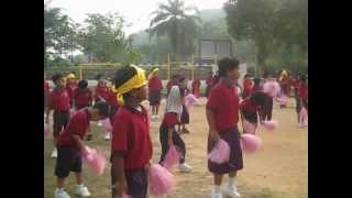 Chicken Dance - Persiapan menjelang Sports Day 2012 view on youtube.com tube online.