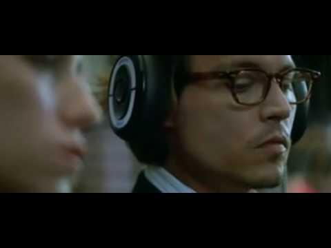 radiohead, creep ( johnny depp charlotte)versiòn original., en espera de sol , en la plaza para variar, matando el sapo, viendo y escuchando discos, el tiempo pasa y yo sigo esperando a mi amiwi, y llegas tú, yo escuc...