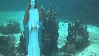 La Virgen De Los Buzos