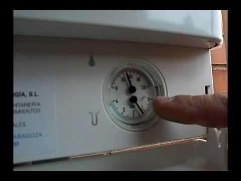Instrucciones caldera de gas ariston youtube for Caldera mural a gas