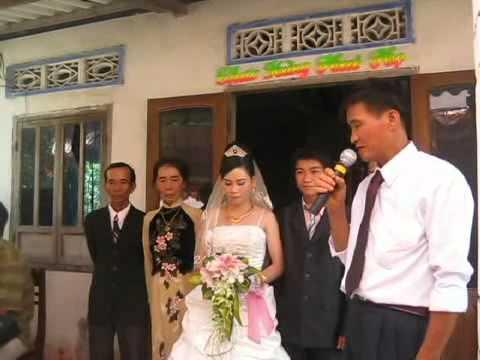 Dam cuoi mien que Viet Nam ( CK : Vui Tet Miet Vuon -Phi Nhung va Quach Tuan Du ).avi