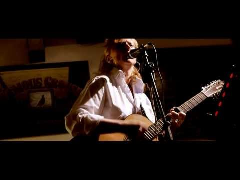 Sara Sleight at Royal Oak - Filmed on Panasonic GH3 in Low light