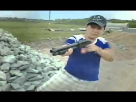Cuộc chiến mang đậm phong cách trẻ trâu Việt Nam