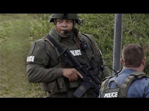 Cảnh sát bắn hạ tay súng giữ 4 lính cứu hỏa