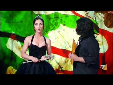 FRATELLI E SORELLE D'ITALIA 01/07/2011 - Caterina Guzzanti: Miss Italia