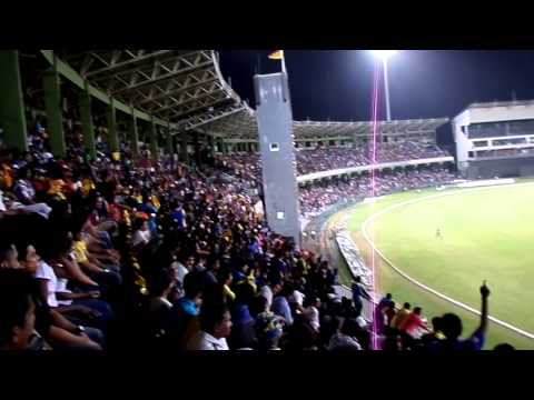 Sri Lanka v South Africa, 5th ODI - 31 July 2013 - Mexican wave at R Premadasa Stadium