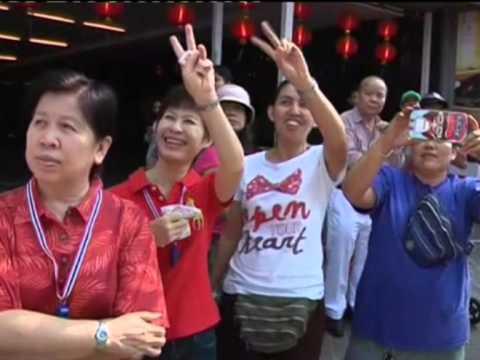 Video phe biểu tình Thái Lan tuần hành ở khu người Hoa