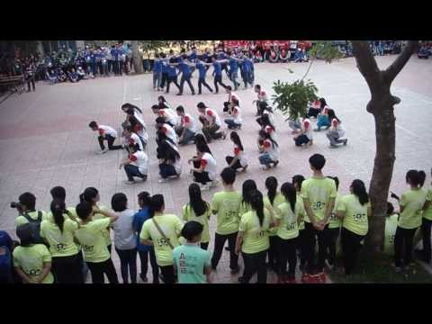 Trại Xuân MĐC 2014 - Flashmob Cuộc Sống Muôn Màu 12A24