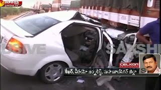 4 dead, 1 serious in car-lorry collision in Mahbubnagar