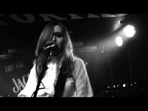 Lovers - Save Me @ The Vic