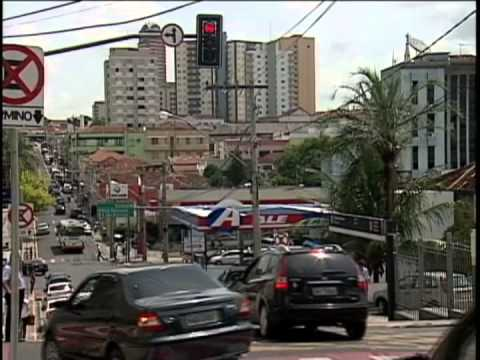 Uberaba entrega quase 25 mil multas de trânsito em dois meses