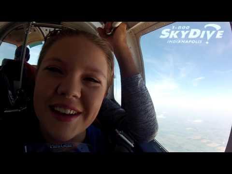 Sydney Wade's Tandem skydive!