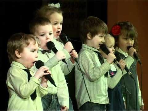 Смотреть видео В Вентспилсе состоялся праздник песни