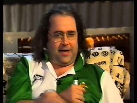 Fantasy Football League  S03E08 - Neil Morrissey and Danny Baker