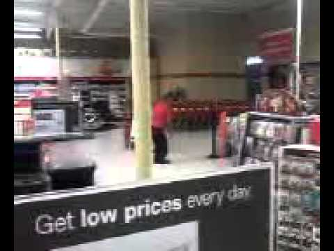 Dancing Office Depot employee caught 2