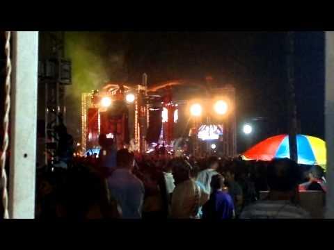 MEGA PRÍNCIPE DE UM ÂNGULO DIFERENTE - FESTA DA CERVEJA 2012 10 21 603