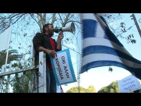 Cypriots take the streets to protest state sell-off