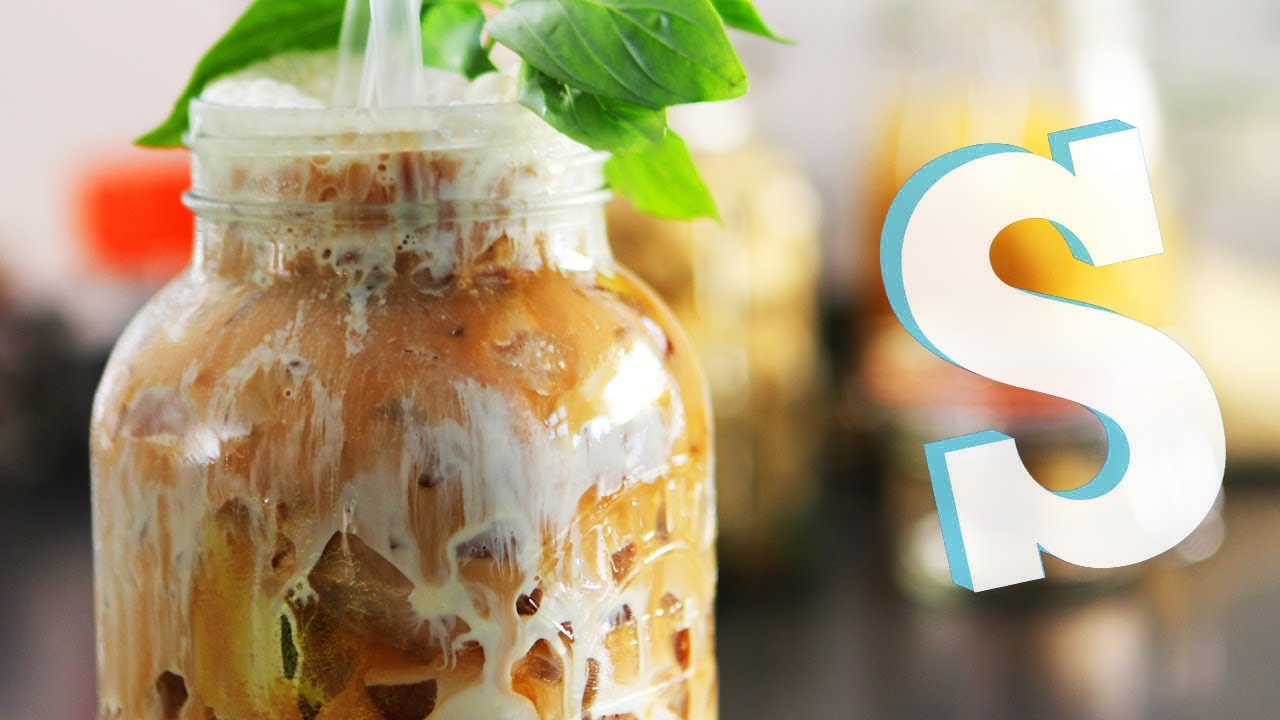 Thai Iced Tea #eyeCandySorted - YouTube