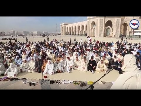 إقامة صلاة الاستسقاء بمسجد الحسن الثاني استجابة لدعوة الملك
