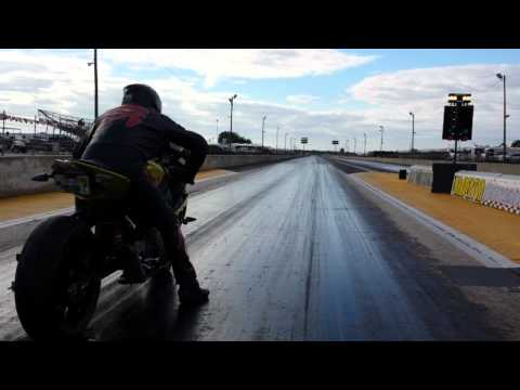 Drag racing the S1000RR