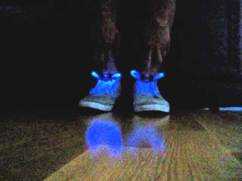 Как сделать светящиеся шнурки из подручных средств