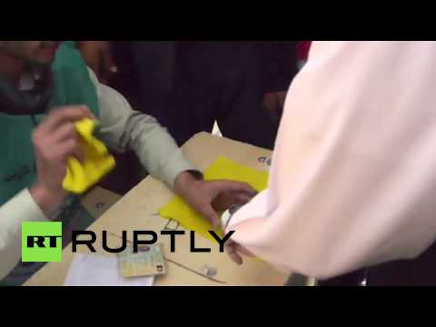 Afghanistan: Ghani votes in second round of presidential elections