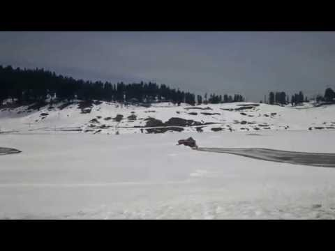 360 degree view of Snow at Gulmarg, near Srinagar, North India