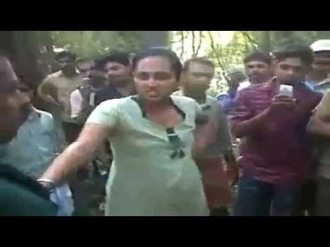 Awesome girls street fighting desi style in dehli india youtube