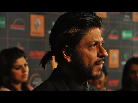 Shahrukh Khan at Star Guild Awards 2014