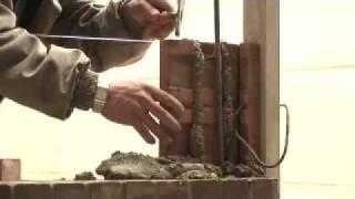 Construcción de un muro de fachada en ladrillos