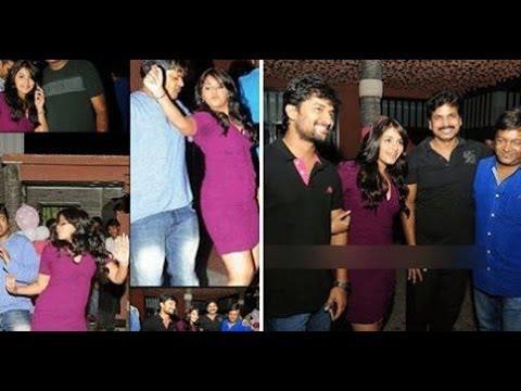 Heroine Anjali enjoying Midnight Party With Telugu Filmmakers : TV5News