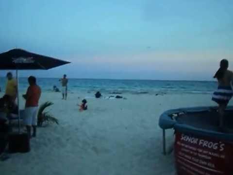 Playa del Carmen frente a Señor Frog.