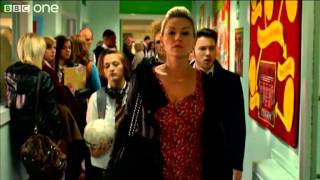 The Barry Family Arrive Waterloo Road Series 8 Episode