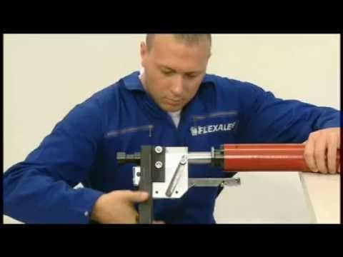 Thermaflex - Removing of the oxygen barrier (PB red)