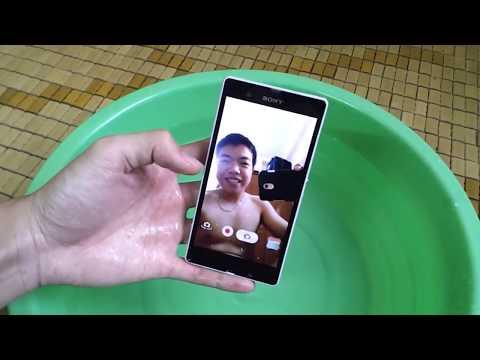 Thử Khả Năng Chống Nước Của Sony Xperia Z