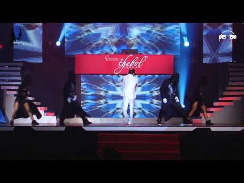 Bước Qua Thế Giới Remix -   Ưng Hoàng Phúc