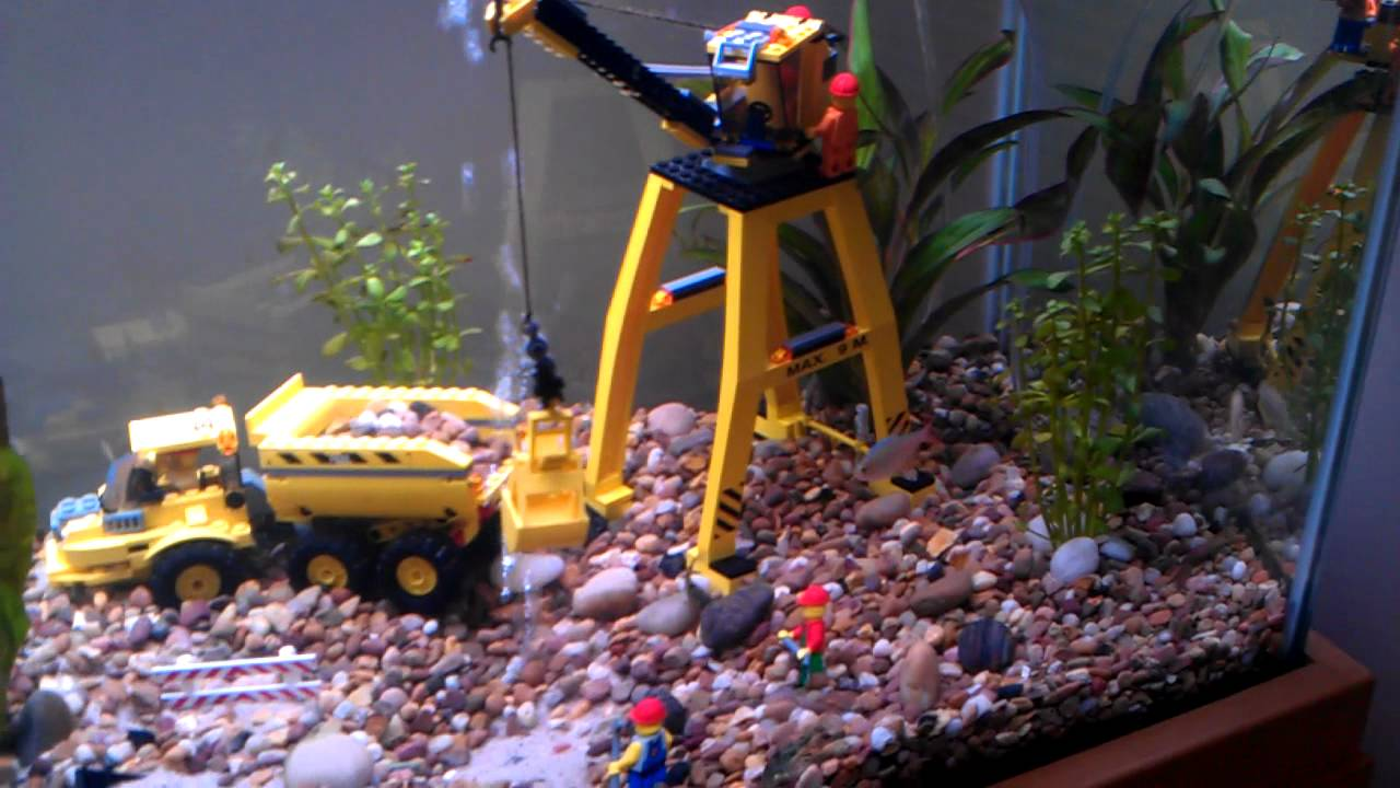 Lego fish tank youtube for Youtube fish tank