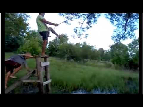 Funny : Tarzan from the Ukraine and his drunken buddy
