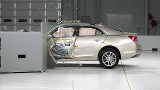 2014 Chevrolet Malibu Small Overlap IIHS Crash Test