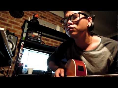 Toploader - Dancing In The Moonlight (John Duc Acoustic Cover)