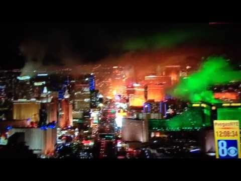 Las Vegas 2014 New Year's Fireworks! Awesome! What an Electrifying City