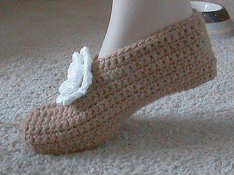 How To Crochet Basics : Super Easy Slippers Tutorial For Beginners - YouTube