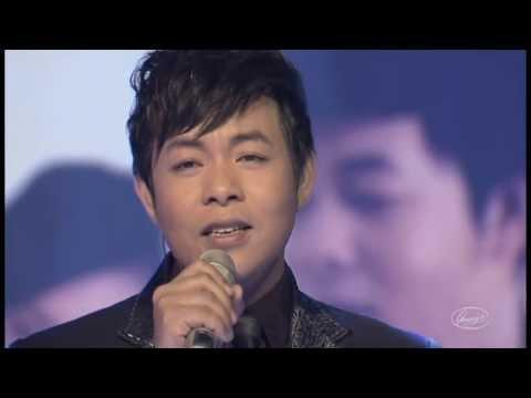 Hoa Tím Người Xưa - Quang Lê ( Liveshow Quang Lê - Hát Trên Quê Hương )