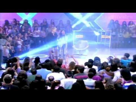 TV XUXA   Aline Barros Mestre eu preciso de um Milagre   Xuxa e outras pessoas choram tocadas pelo E