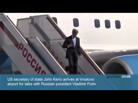 John Kerry arrives in Russia for talks with Vladimir Putin