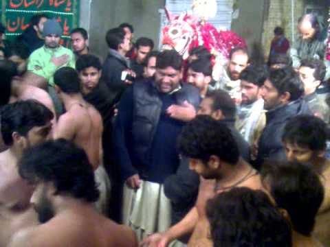 Ravi Road - 6 Safar 1432 Hijiri - NOHA (Sakina S.A leyai Mehndi )